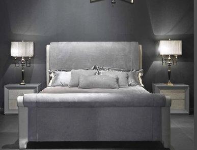 Итальянская кровать Eneko фабрики Epoque Egon Furstenberg