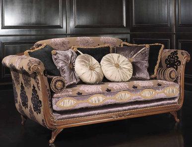 Итальянская мягкая мебель Renoir Houte Collection фабрики Epoque Egon Furstenberg