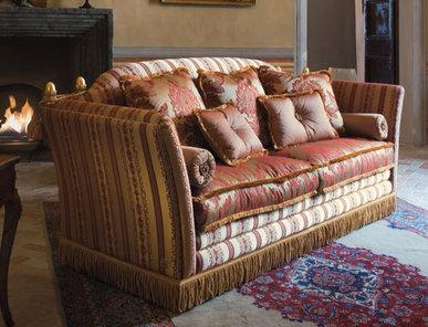 Итальянская мягкая мебель Manzoni Classic Home фабрики Epoque Treci Sallotti