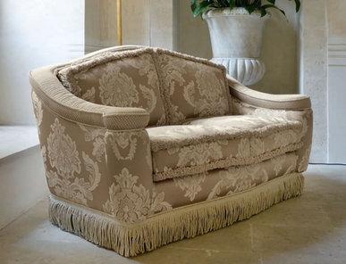 Итальянская мягкая мебель Maugeri Classic Home фабрики Epoque Treci Sallotti