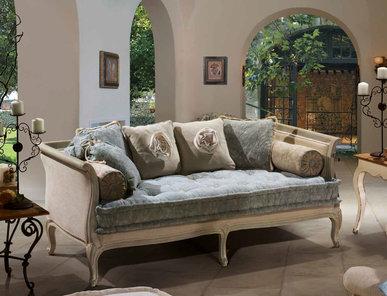 Итальянская мягкая мебель Giulian Provence фабрики Epoque Treci Sallotti