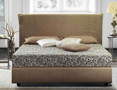 Итальянская кровать Mavra Sweet Collection фабрики Epoque Treci Sallotti