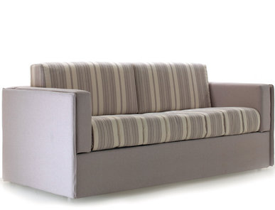 Итальянская мягкая мебель Nantes фабрики Epoque My Sofa
