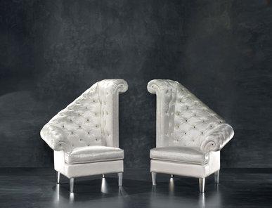 Итальянское кресло Rania Home Philosophy фабрики Epoque Egon Frustenberg