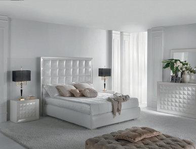 Итальянская кровать Diamante Home Philosophy фабрики Epoque Egon Frustenberg