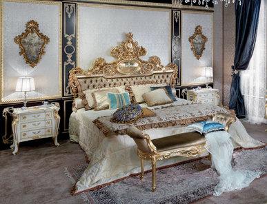 Итальянская спальня Persia Charme на складе фабрики Carlo Asnaghi
