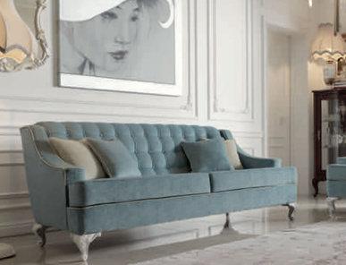Итальянская мягкая мебель Giulietta e Romeo фабрики GIORGIOCASA (Композиция 17)