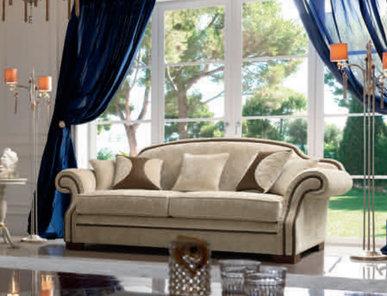 Итальянская мягкая мебель Giulietta e Romeo фабрики GIORGIOCASA (Композиция 19)