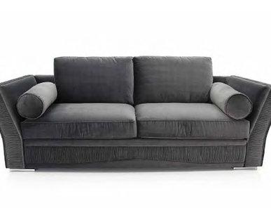 Итальянские классические кресла и диваны фабрики SEVENSEDIE. Часть 2.