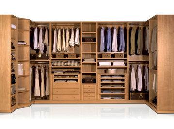 Итальянская гардеробная фабрики BERNAZZOLI