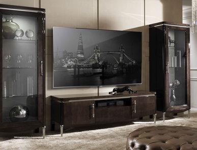 Итальянская мебель для ТВ Egoist фабрики DV HOME