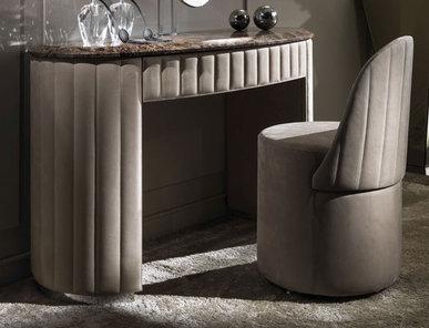 Итальянский туалетный столик Vogue фабрики DV HOME