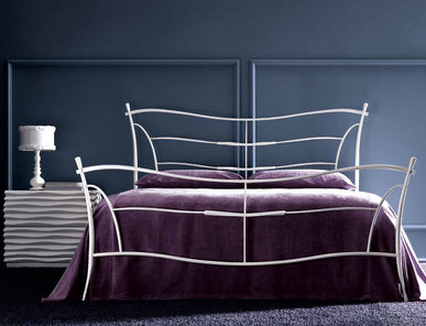 Итальянская кровать KUBIK фабрики CORTEZARI