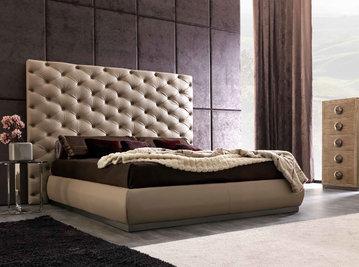 Итальянская кровать RICHARD фабрики CORTEZARI