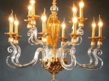 Итальянская люстра BAROCCO L8+4/Amber-Gold фабрики EUROLUCE LAMPADARI