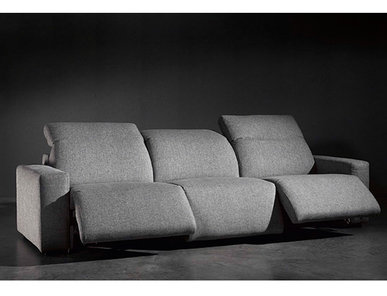 Испанский диван трёхместный COSMOPOL фабрики COLECCION ALEXANDRA