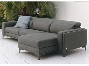 Итальянский угловой диван EVOQUE фабрики DOIMO SALOTTI