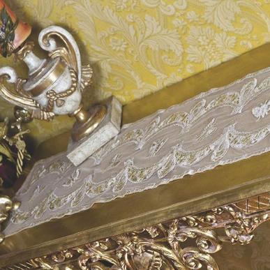 Итальянская скатерть в тюле Caravaggio R-983 фабрики La Contessinа