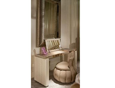 Итальянский туалетный столик FRIDA.12100 фабрики CORNELIO CAPPELLINI