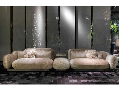 Итальянский диван TOBAGO фабрики ROBERTO CAVALLI