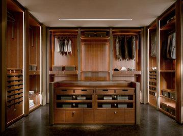 Итальянская гардеробная NARCISO фабрики ROBERTO CAVALLI Композиция 02