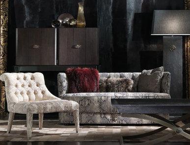 Итальянский диван LIMBO фабрики ROBERTO CAVALLI