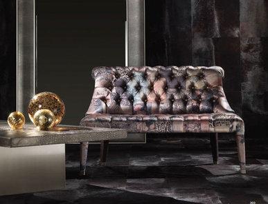 Итальянский диван LADY E фабрики ROBERTO CAVALLI