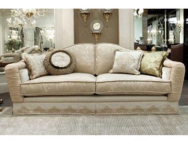 Итальянский диван ACHILLE ROYAL фабрики BRUNO ZAMPA