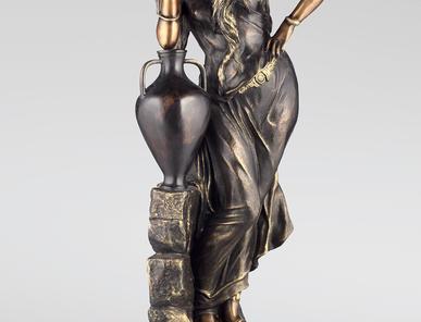 Итальянская бронзовая статуя Rebecca with amphora фабрики Fonderia Artistica Ruocco