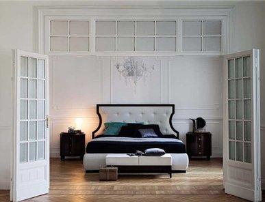 Итальянская кровать Royale фабрики Philipp Selva