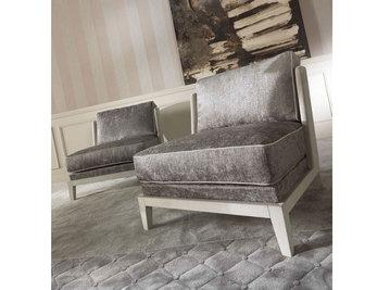 Итальянское кресло PEGGY фабрики GIANFRANCO FERRE