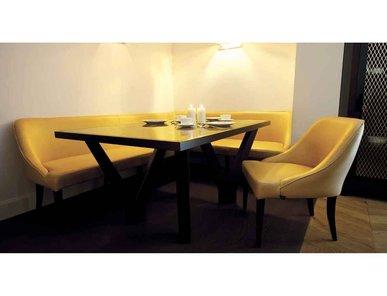 Итальянский стол и стулья VICKY фабрики Domedziioni