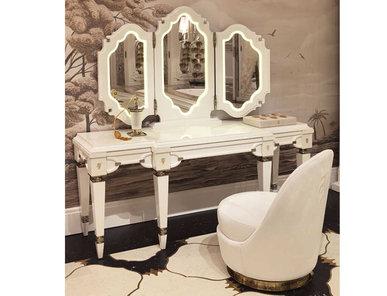 Итальянский туалетный стол Windsor фабрики VISIONNAIRE
