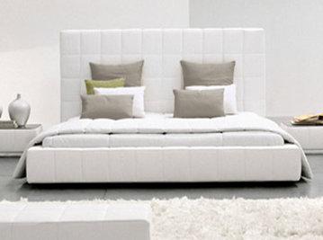 Итальянская кровать Squaring alto фабрики Bonaldo