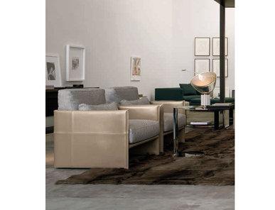 Итальянское кресло LUGGAGE фабрики MINOTTI