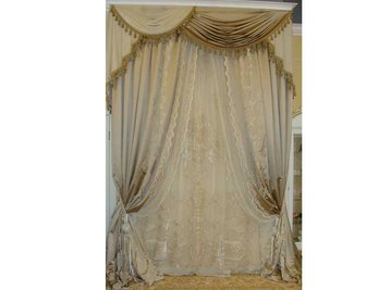 В шоу-руме: итальянские классические шторы фабрики NOBILI