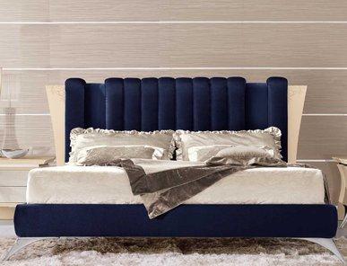 Итальянская кровать 361/P фабрики REDECO