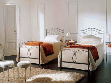 Итальянская кровать Merlino/S фабрики BONTEMPI CASA