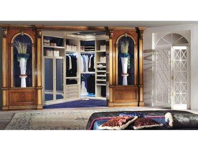 Итальянская гардеробная DECOR ROYAL фабрики BIANCHINI