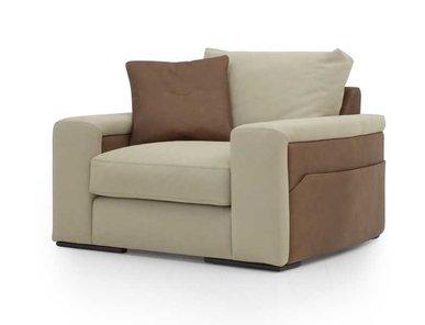 Итальянское кресло V100 фабрики ASTON MARTIN