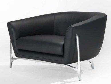 Итальянское кресло MBS 001 фабрики MERCEDES BENZ STYLE