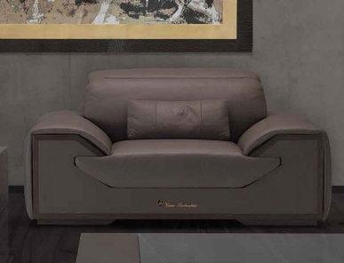 Итальянское кресло LONG RACE фабрики TONINO LAMBORGHINI