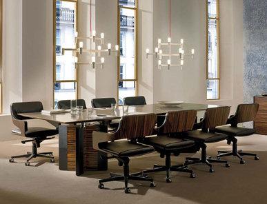 Итальянский стол для совещаний DE SYMETRIA фабрики I4 MARIANI