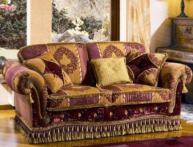 Итальянская мягкая мебель GRAND PALALIS BEVERLY фабрики EGIDIO LUNARDELLI