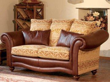 Итальянская мягкая мебель PALAIS MADAMA BRISTOL фабрики EGIDIO LUNARDELLI