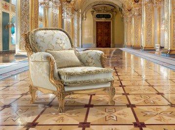 Итальянское кресло REALE ROSANNA фабрики EGIDIO LUNARDELLI