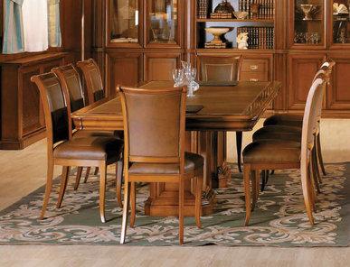 Испанский стол для переговоров SENATOR фабрики ALPUCH