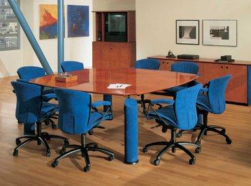 Итальянский стол для переговоров ENEA фабрики R.A. MOBILI S.P.A.