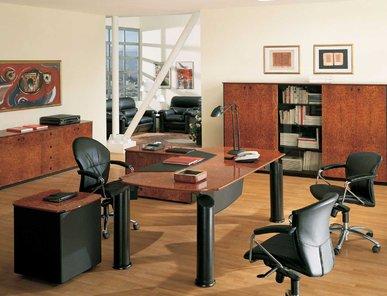 Итальянский письменный стол ENEA фабрики R.A. MOBILI S.P.A.