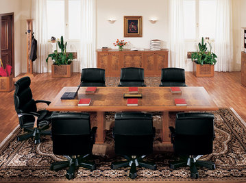 Итальянский стол для переговоров ZEUS фабрики R.A. MOBILI S.P.A.